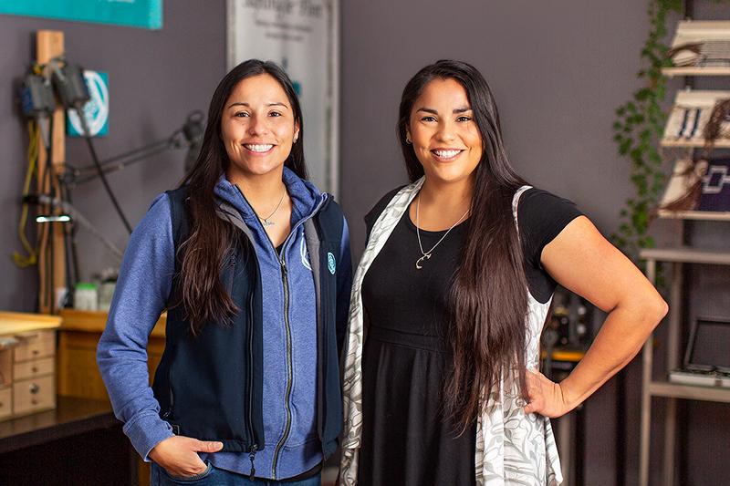 Twin Sisters Dakota and Jesse Brant founders of Sapling & Flint